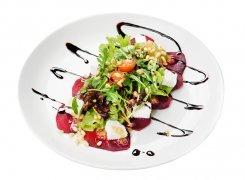 Салат со свёклой